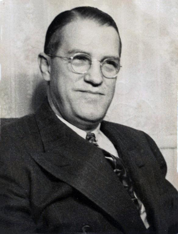 Decker 1945